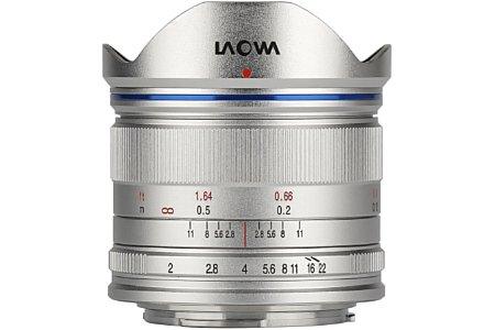 Bild Das Laowa C-Dreamer 7,5 mm F2.0 MFT soll in zwei Versionen (normal für 620 und ultraleicht für 660 Euro) in jeweils Silber und Schwarz im Fachhandel erhältlich sein, wobei die normale schwarze Version Anfang Juni den Anfang macht. [Foto: Laowa]