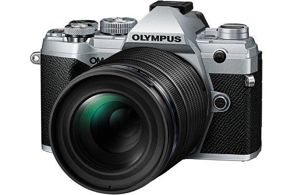 Bild Olympus OM-D E-M5 Mark III mit 40-150 mm F4 Pro. [Foto: Olympus]