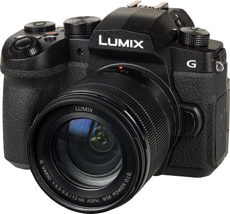 Bild Auf den ersten Blick wirkt die Panasonic Lumix DC-G91 wie eine miniaturisierte Spiegelreflex. [Foto: MediaNord]