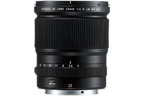 Bild Die aufwändige optische Konstruktion des 2.800 Euro teuren Fujifilm GF 23 mm F4 R LM WR besteht aus 15 Elementen in zwölf Gruppen. [Foto: Fujifilm]