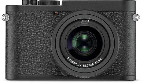 """Bild Bei der Leica Q2 Monochrom ist nicht nur der Sensor """"farblos"""", sondern auch das spritzwassergeschützte Magnesiumgehäuse. Sogar auf das rote Leica-Logo wurde verzichtet. [Foto: Leica]"""