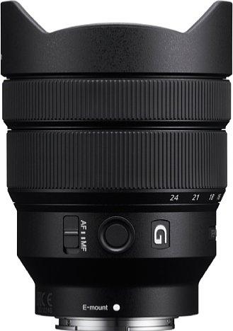 Bild Nicht unbedingt klein, aber angesichts des Bildwinkel durchaus kompakt und vor allem leicht ist das Sony FE 12-24 mm 4 G (SEL1224G). Das liegt nicht zuletzt am Kunststoffgehäuse. [Foto: Sony]