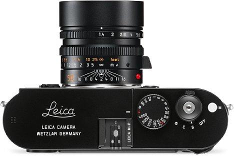 Bild Die Oberseite der Leica M-P ziert ein dezenter Leica-Schriftzug. [Foto: Leica]