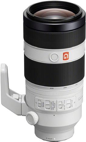 Bild Trotz 1,4 Kilogramm Gewicht besteht das Gehäuse des Sony FE 100-400 mm F4.5-5.6 GM OSS überwiegend aus Kunststoff. Mit einem Spritzwasser- und Staubschutz ist es jedoch ausreichend robust. [Foto: Sony]