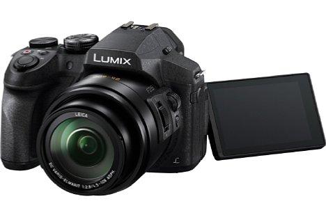 Bild Dank des beweglichen Bildschirms lassen sich mit der Panasonic Lumix DMC-FZ300 Fotos auch aus ungewöhnlichen Perspektiven aufnehmen. [Foto: Panasonic]