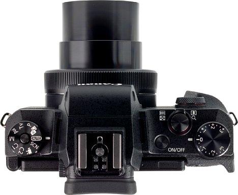 Bild Die Canon PowerShot G1 X Mark III bietet nicht nur einen Blitzschuh, sondern im Gegensatz zum Vorgängermodell auch einen elektronischen Sucher. [Foto: MediaNord]