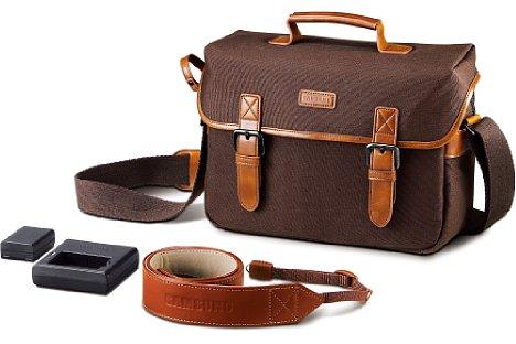 Bild Zum Set der NX310 gehören eine Kameratasche, ein Schultergurt, ein Zusatzakku und ein externes Ladegerät. [Foto: Samsung]